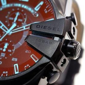Предварительный просмотр фотографии Diesel DZ4323