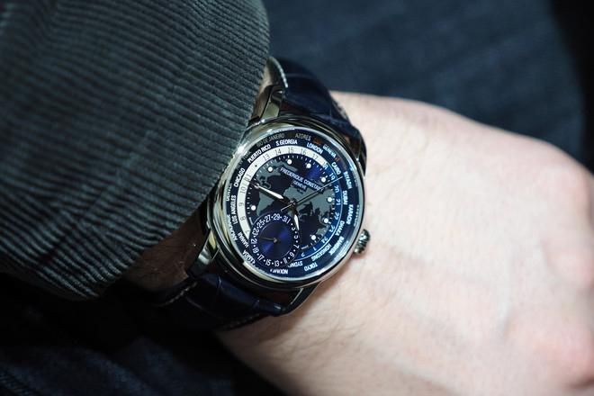 Мужские часы Frederique Constant FC-718NWM4H6 Женские часы Rodania RD-2512760