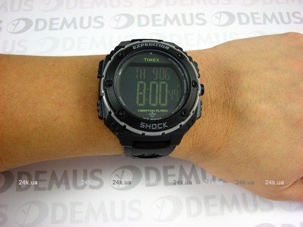 a4fd75e64e39 ... Предварительный просмотр фотографии Timex T49950 Предварительный ...
