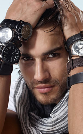 Необычные часы для мужчин