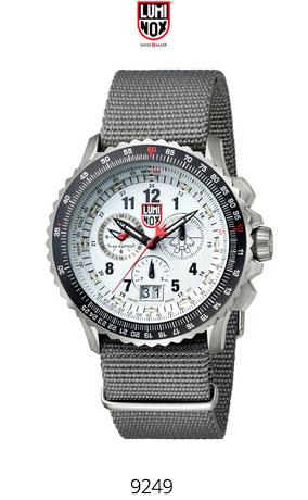 Часы Luminox 9249