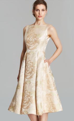 Часы под бежевое платье